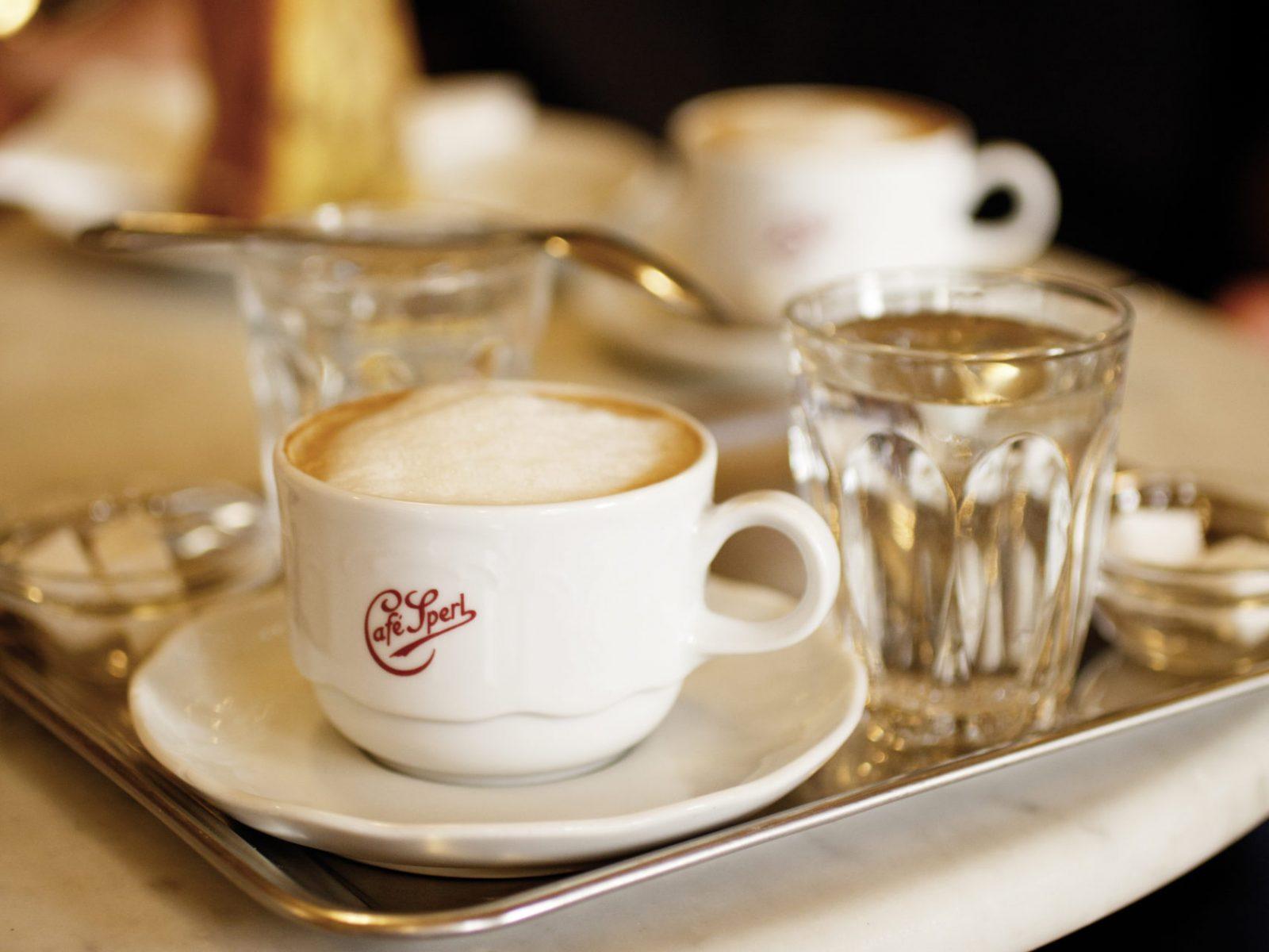 Café Sperl, Melange / Café Sperl, Melange